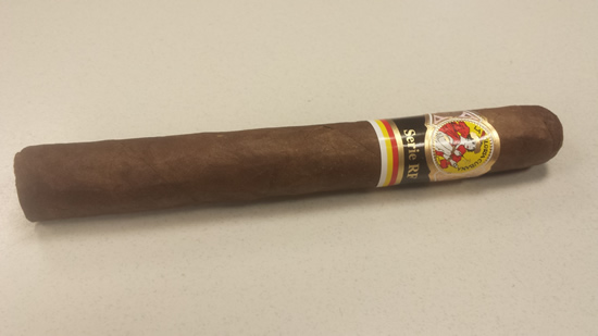 La Gloria Cubana Serie RF Toro (Famous Smoke Exclusive)